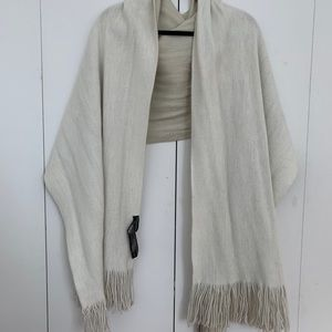 White/ cream scarf